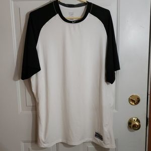 Nike Dry Fit Performance Athletic Fit Practice Tee
